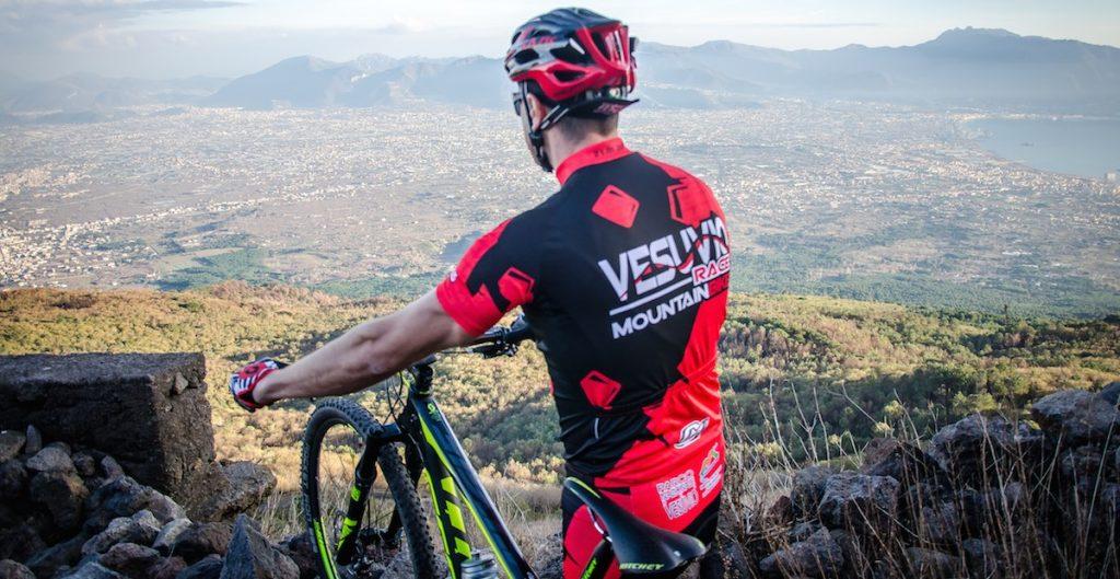 Giro della Campania Off-road ultimi appuntamenti: Vesuvio Race e Saraceni MTB Race.